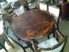 antieke-tafel-en-eettafelstoelen